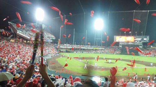 2赤い風船