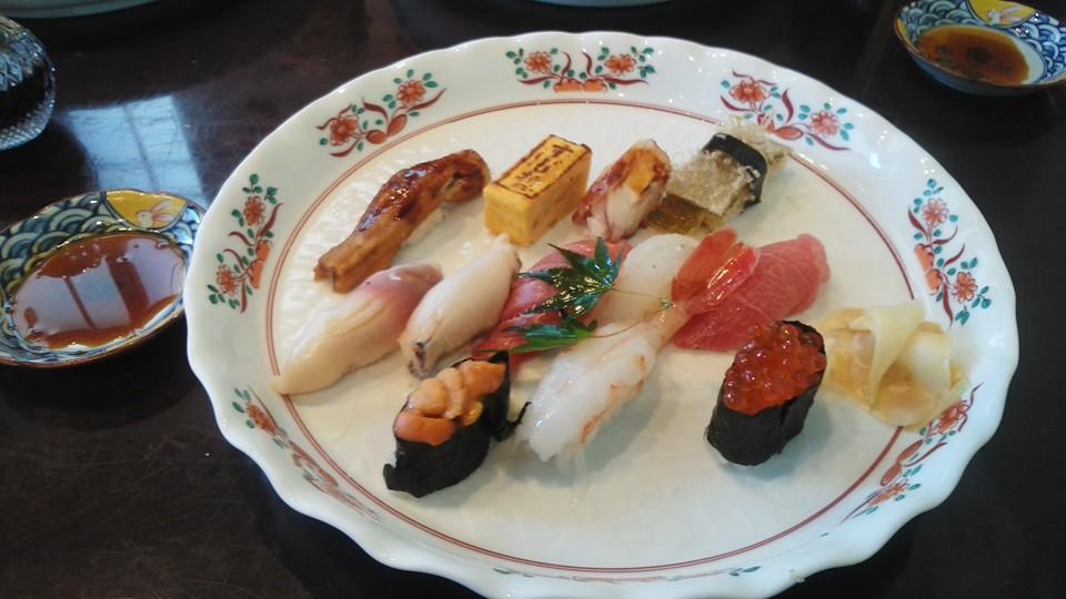 塩釜寿司哲の寿司